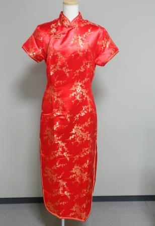http://www.tic-toyama.or.jp/assets_c/2015/03/chinese-dress5-505.html/%E8%B5%A4%E3%83%81%E3%83%A3%E3%82%A4%E3%83%8A.JPG